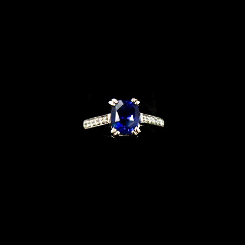 Oval Natural Sapphire Ring