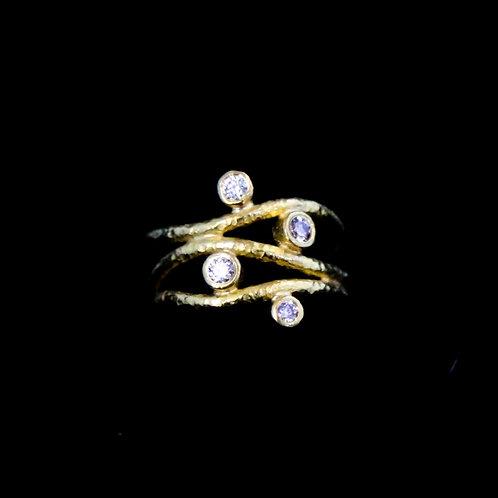 4 Diamond Twisted Ring