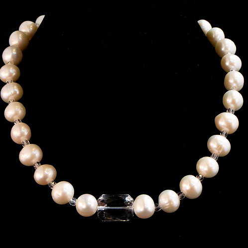 Pearl with Crystal Necklace