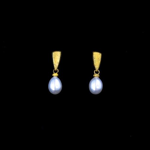 Pearl Kite Earrings