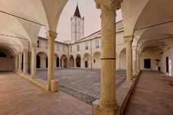 chiostri-santa-caterina-finalborgo-635866.jpg