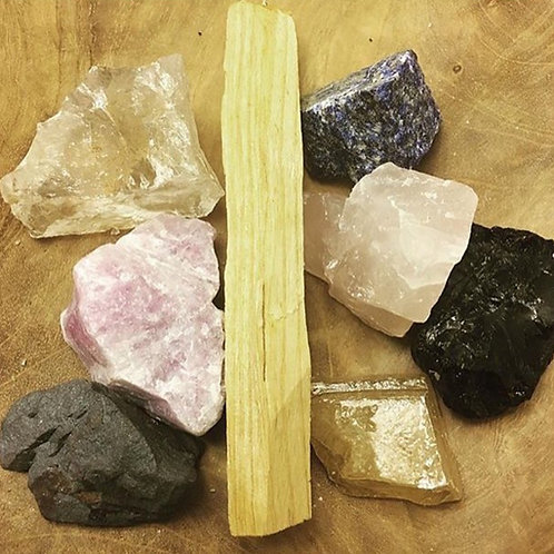 Palo Santo & Natural Healing Crystals Bundle