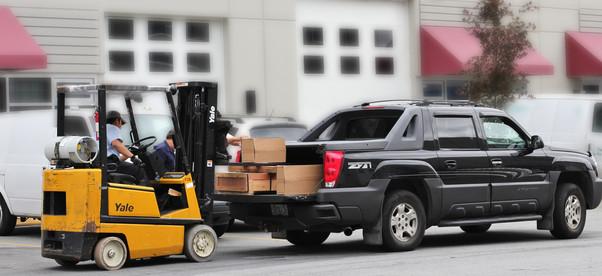 motorcyclelift loading.jpg
