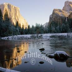 peaks reflections