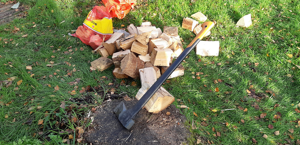 Chopped wood with axe
