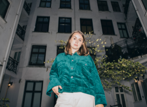 Introducing.... 'Mia Berg' with track 'Hurry'