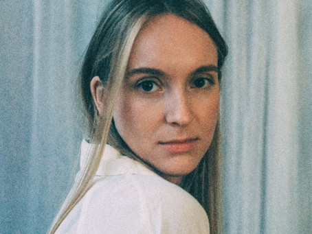 Introducing.... Frida Blomberg with debut single 'Closer'