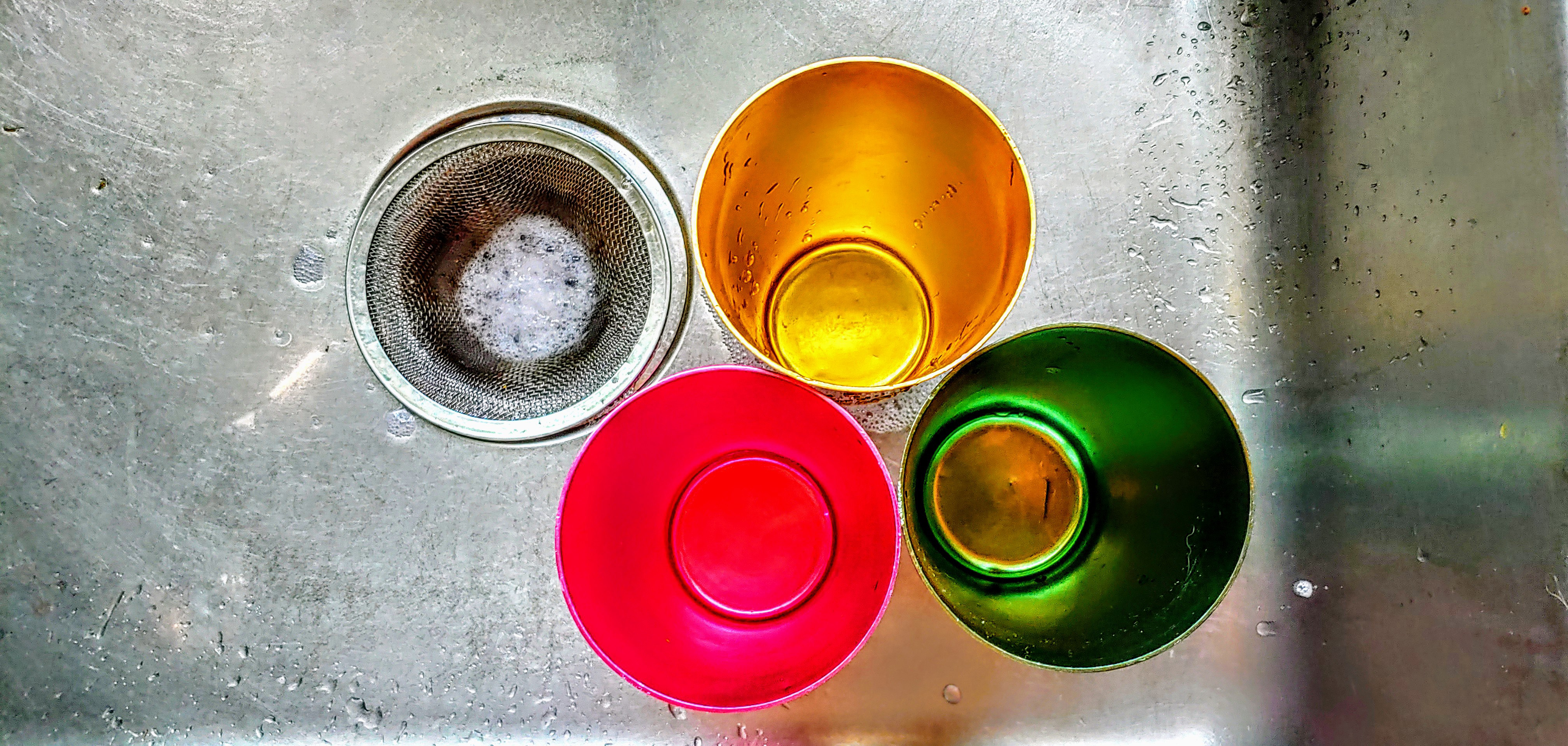 cups in the sink (2020)