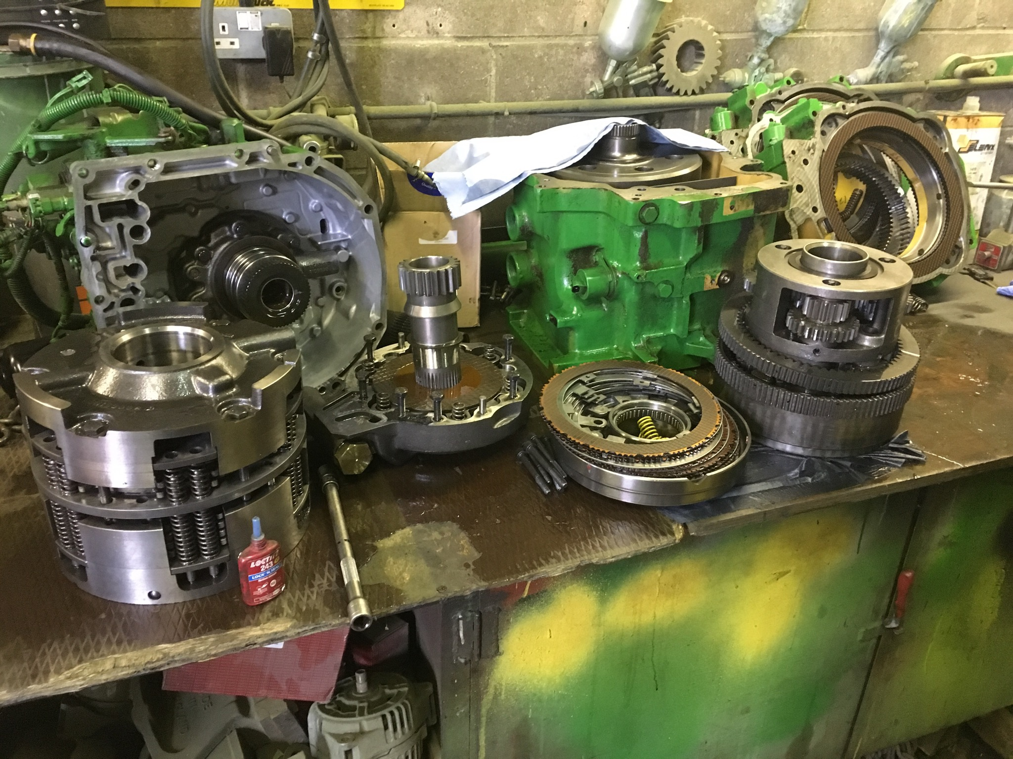 JOHN DEERE 7810 P/Shift for refurb