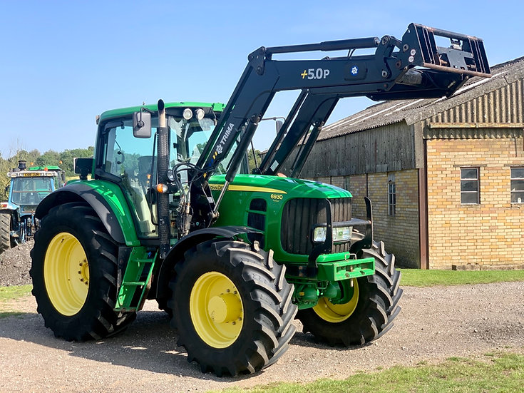 John Deere 6930 with Trima +50P