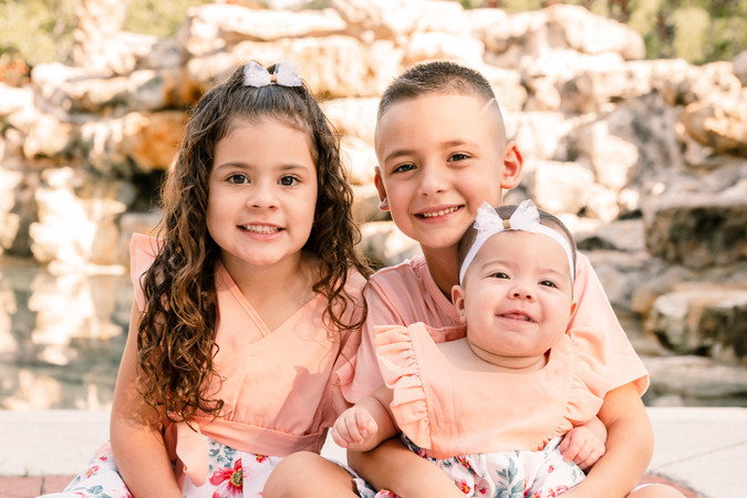 Olinda Family-23.jpg
