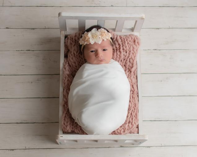 Isabella Newborn-17.jpg