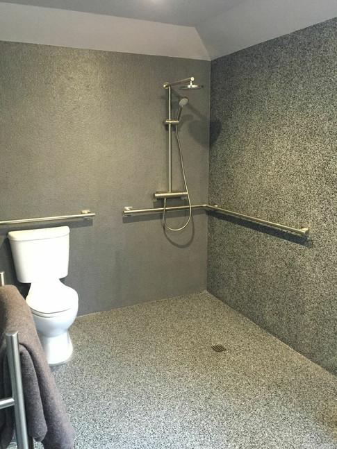 ada shower.jpeg