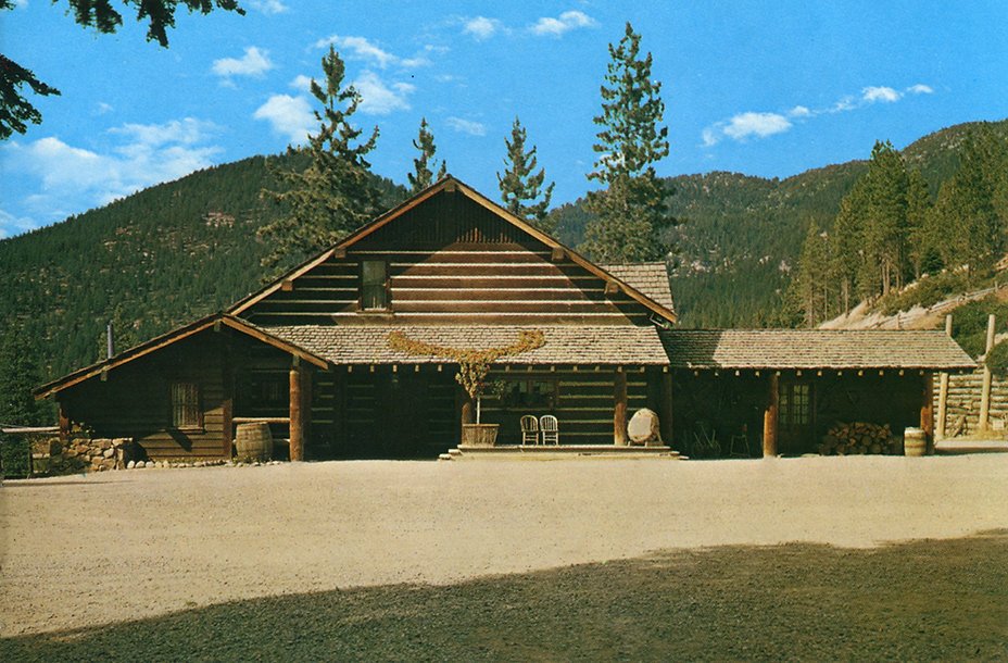 The Ranch House of the Cartwrights. Pond