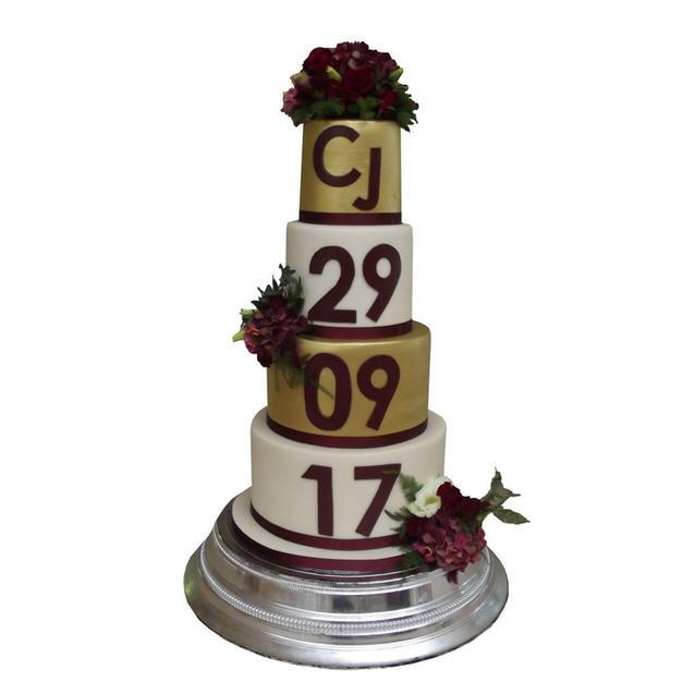 Ivory & Gold Wedding Cake