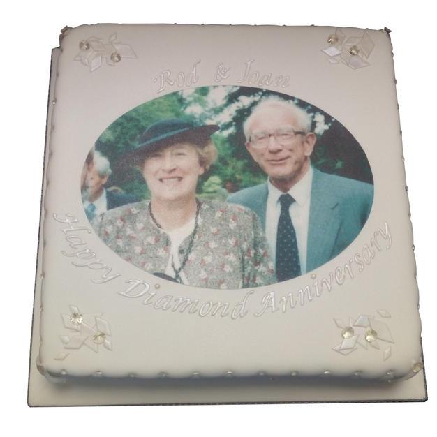 Diamond Anniversary Cake from £90