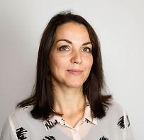 Amy Davies headshot.jpg