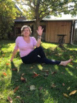 ich beim yoga.jpg