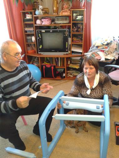 Будит стульчик для любимой внучки!_edite
