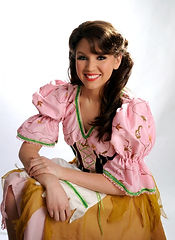 Abbie star of Cinderella is former dancing school pupil of the Maureen Brown dance school