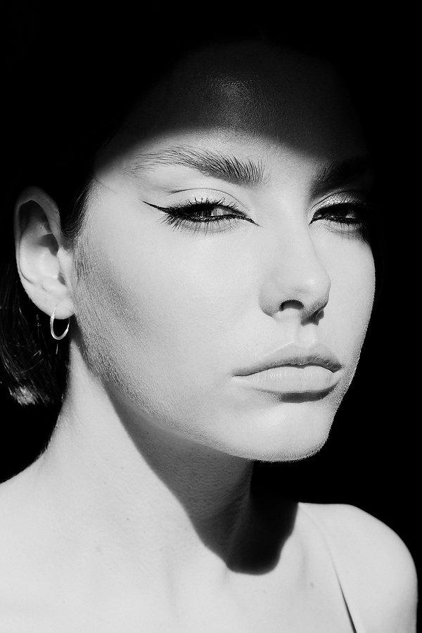 Laura | portrait | Marianna Jaszczuk