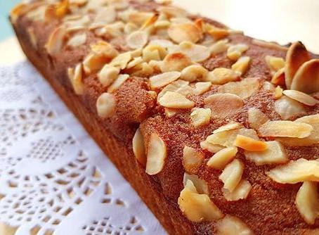 עוגת דבש, קינמון ושקדים פרוסים רכה, ללא גלוטן, פליאו