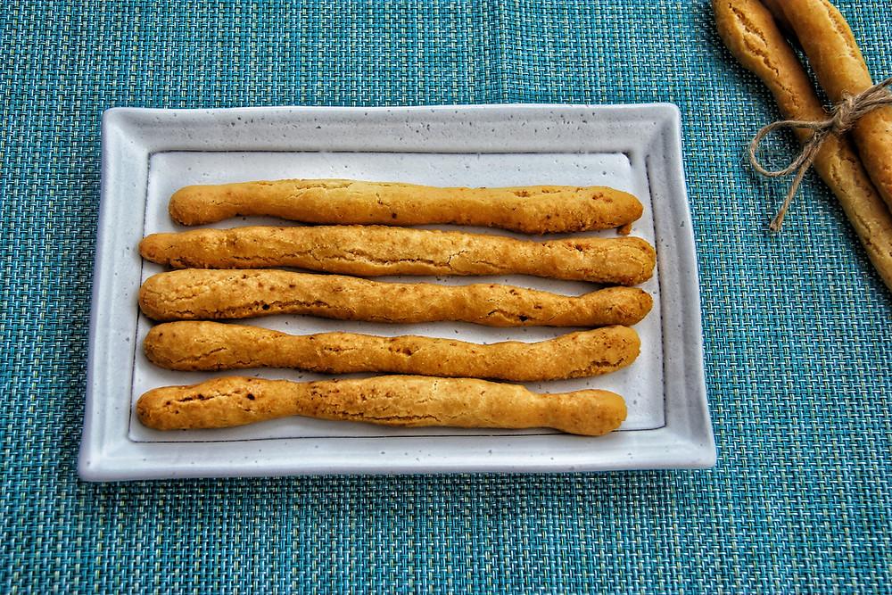 grissini, paleo, gluten free, celiac, גריסיני, ללא גלוטן, פליאו, קמח כחול, paleo, gluten free, דרך טבע