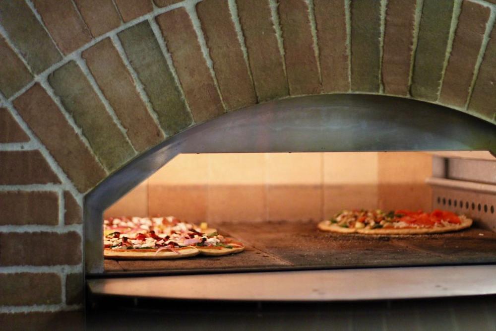 Maui Brick Oven Pizzas,Maui Brick Oven, Maui Hawaii, Maui, Kihei Maui Hawaii, gluten free Kihei, gf Kihei, gluten free Maui, gf Maui, gluten free Hawaii, gf Hawaii
