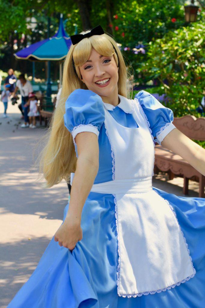 Hong Kong Disneyland, Alice in Wonderland, Hong Kong Disney
