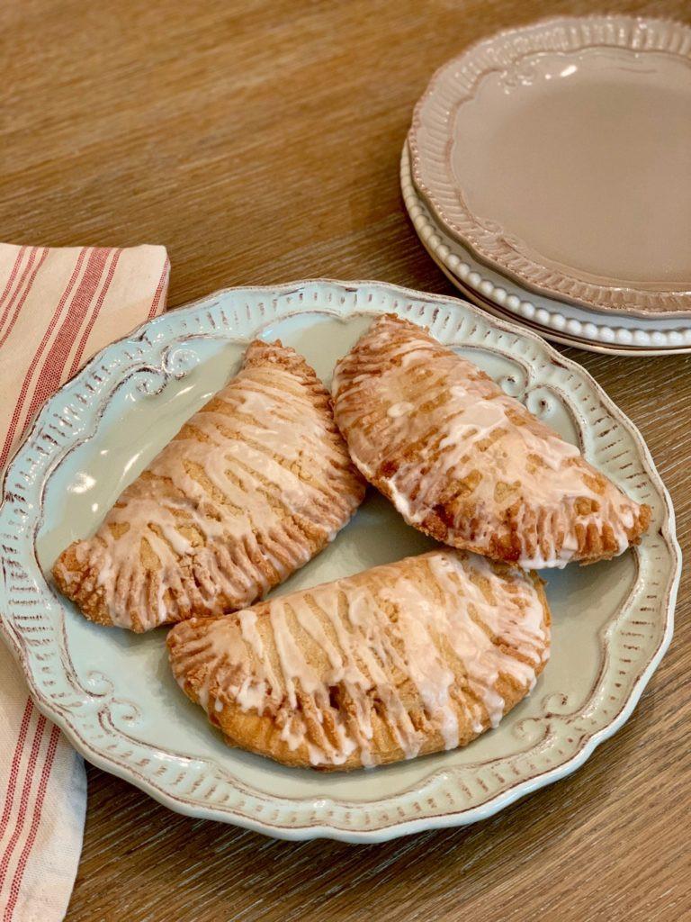 Gluten Free Fried Apple Pies, Gluten Free, Gluten Free Apple Pies, Celiac, Celiac Friendly, Gluten Free Desserts, Gluten Free Sweets, Gluten Free Recipes, Gluten Free Snacks, Gluten Free Breakfast