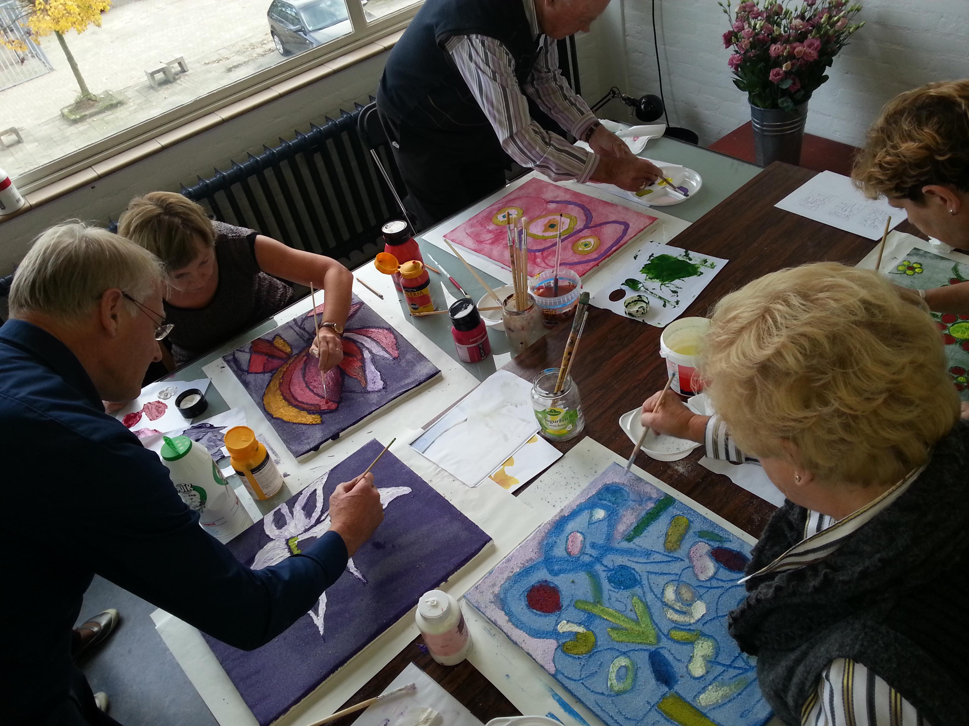 Workshop 'acrylverf en zand'.