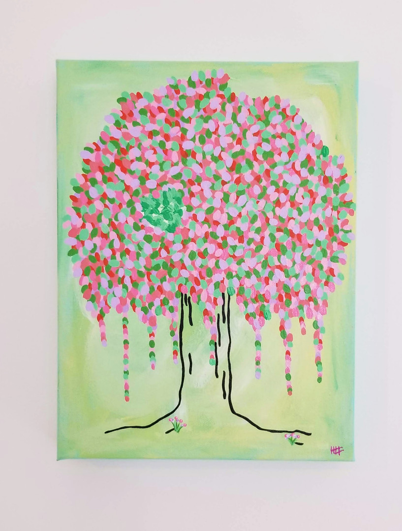 HLT original happy tree with heart green