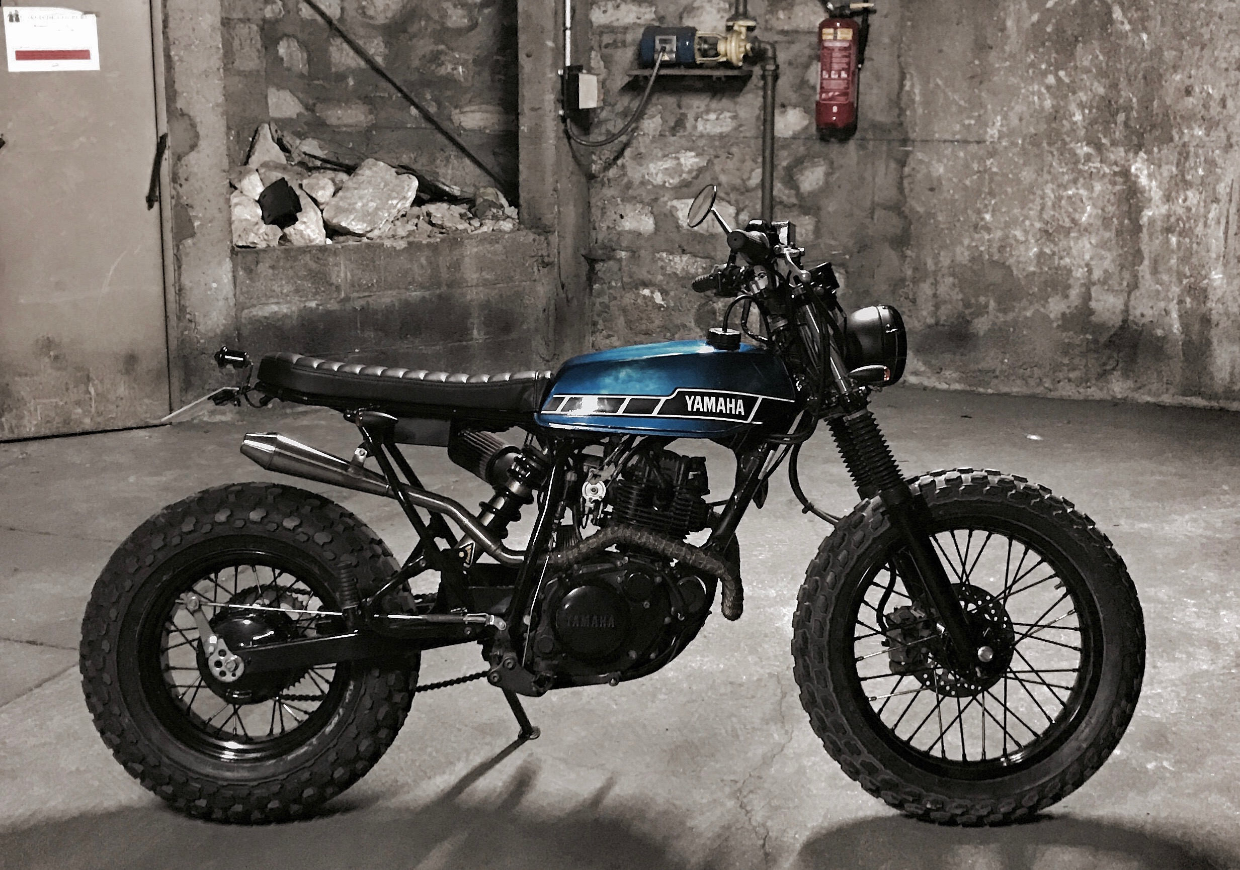 Yamaha TW 125 Custom Bad Lieutenant