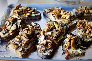 Mushroom Tartines