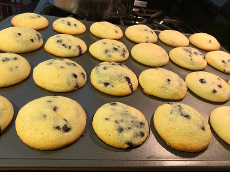 Moms' Blueberry Muffins