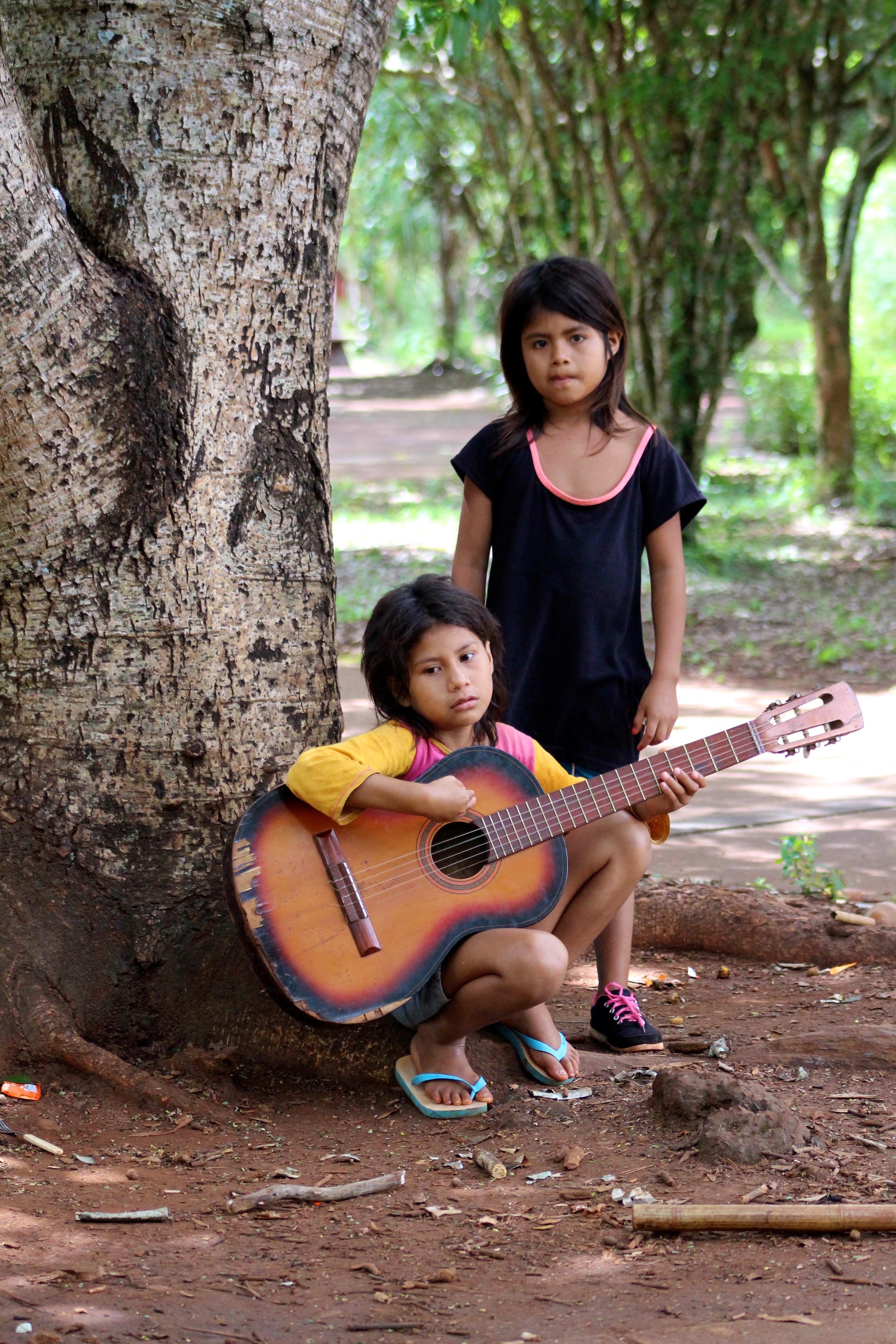Lucia y Manuela