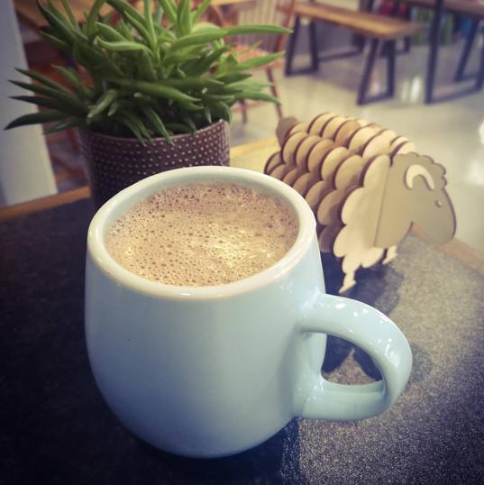 Siocled Poeth Fegan /Vegan hot Chocolate