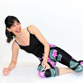 Pilates virtuel en français. Découvrez les entraînements pour femme à la maison.