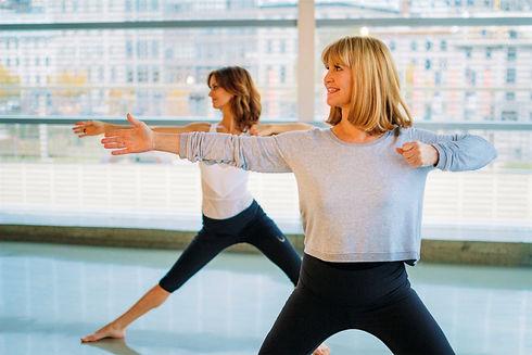 Essentrics. Cours essentrics en ligne. Les meilleurs exercices pour les femmes.