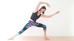 Cynthia St-Amand. Essentrics. Cours essentrics en ligne. Exercice pour les femmes. Essentrics pour les femmes. Exercice pour maigrir.