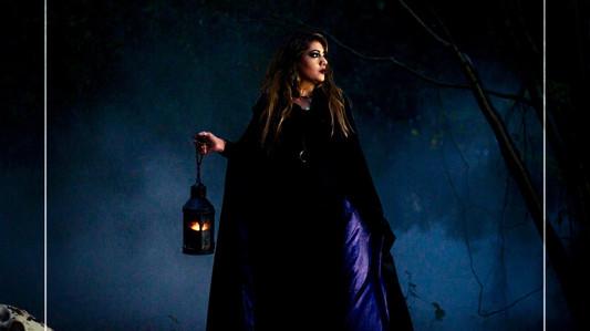 Trailor teaser - Here She Comes
