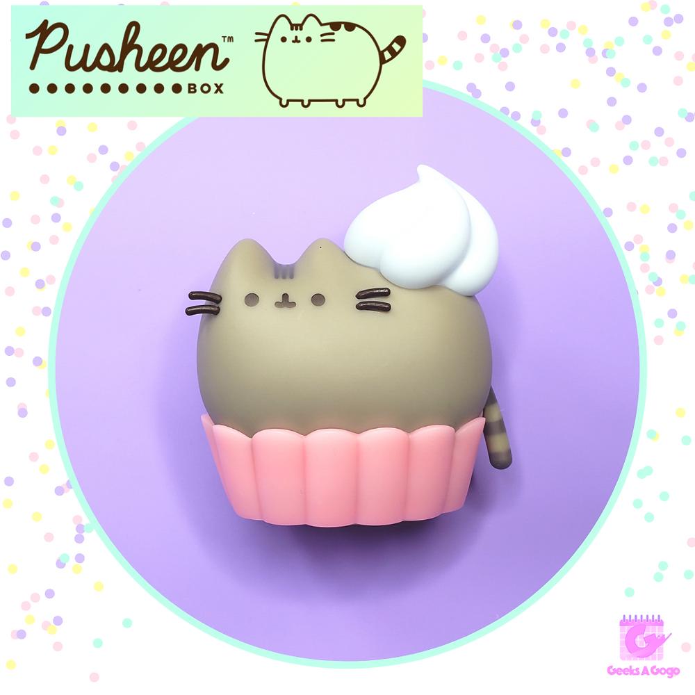 Exclusive Pusheen Cupcake Vinyl Figure