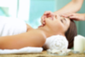 spa-lady-facial-original-4784.jpg-cropper-1400x788.jpg