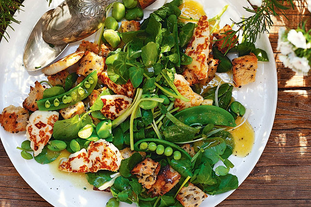 green-panzanella-with-haloumi-14367-1.JP