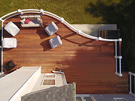 Luxury Curved Deck