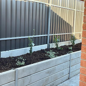 fencing and retaining walls - uniq space