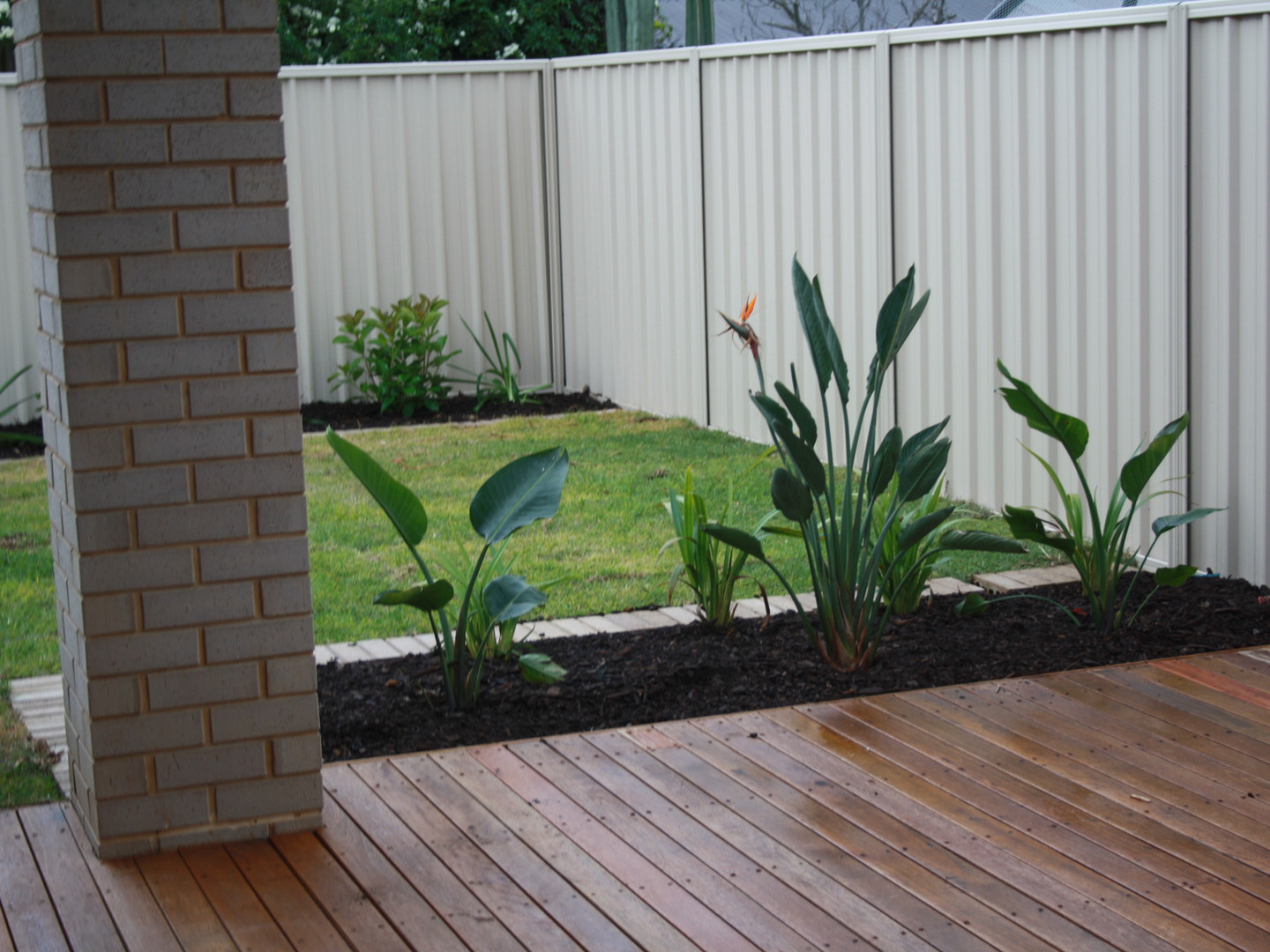 timber deck installation and garden by uniq spaces