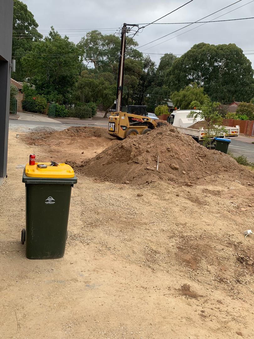excavation adelaide , earthmoving adelaide,   tight access earthmoving,