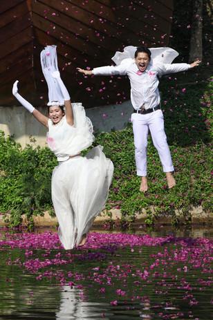 Bluemac _Thai_wedding couple .jpg