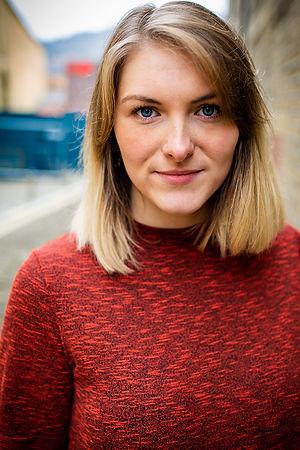 Lydia Murray Headshot
